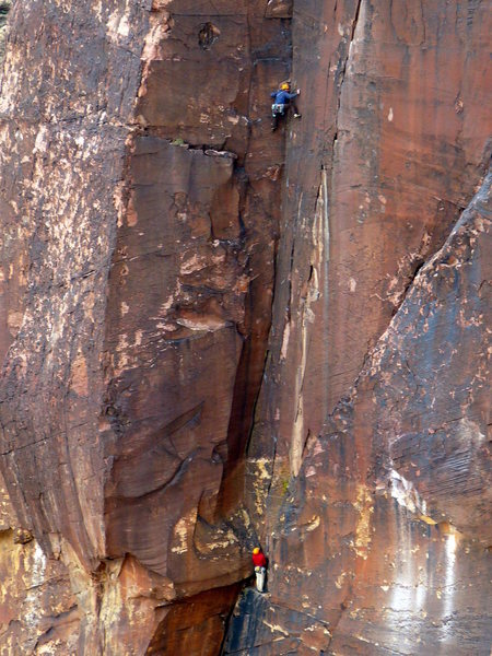 Colorado climbers Rich and Kevin (belaying) on the third pitch. November 2009.