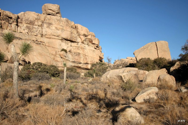 Rock Climbing Photo: Little Hunk, right end