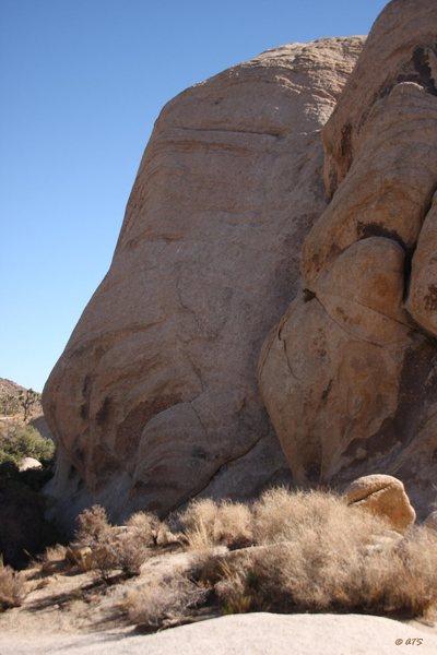 Rock Climbing Photo: Use A Gun, Go To Jail, 5.9