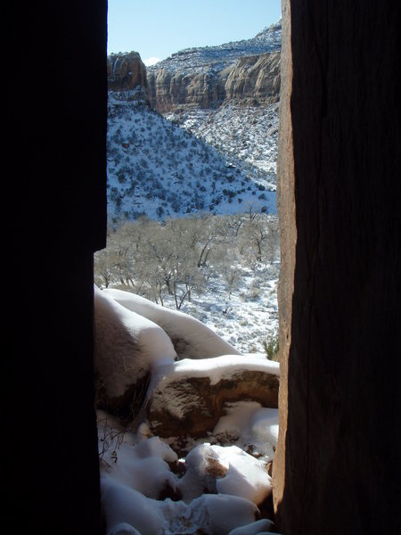 November snowfall in Indian Creek seen from the entrance of the Cave Route
