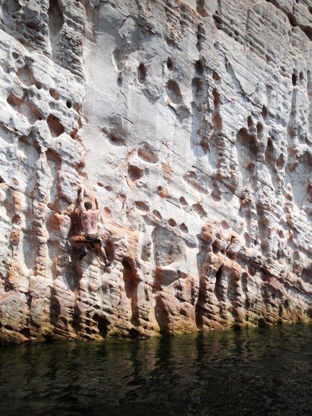 Rock Climbing Photo: Huecos!
