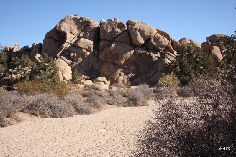 Rock Climbing Photo: Double Cross Rocks