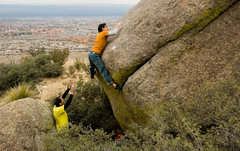 Rock Climbing Photo: Slapping up to a dish just before bringing the fee...