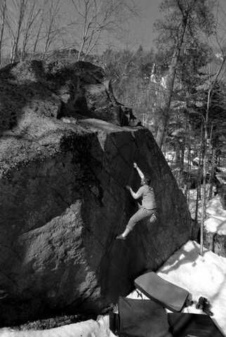 Rock Climbing Photo: Me on the classic Zig Zag Crack.   Pic by Seth Ham...