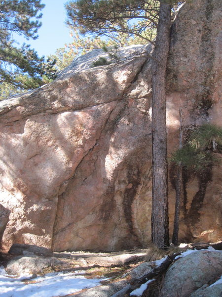 Snake and the Skewer, V6ish. Located just downhill from Childbirth. Please correct me if I'm wrong.
