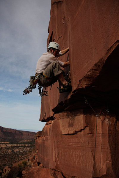Rock Climbing Photo: Getting established in the splitter