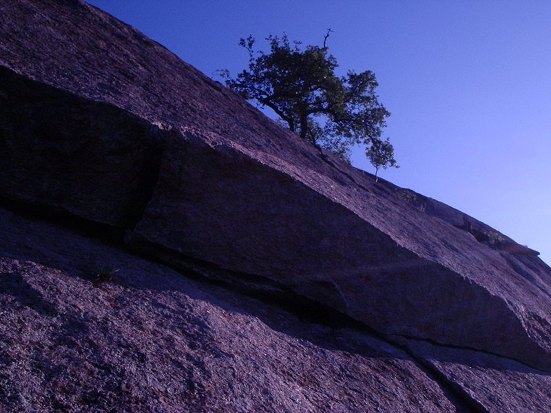 Rock Climbing Photo: Beginning of the Crack on Walter Funkite.  Anchors...