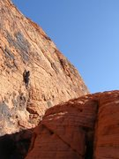 Rock Climbing Photo: Approaching the crux on Sea of Troubles