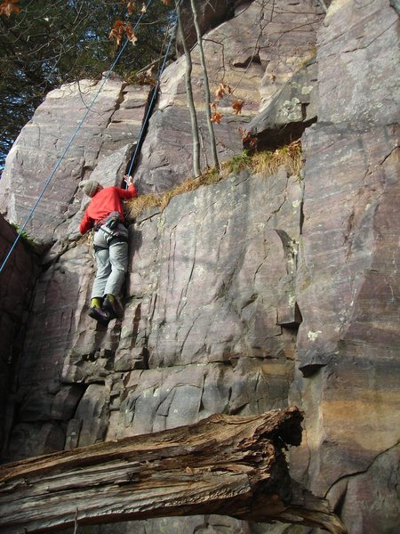 Rock Climbing Photo: Mike Sohasky on initial broken rock section of Fur...