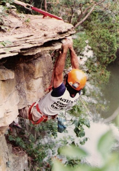 Rock Climbing Photo: Pulling the Triple D' roof move,(5.9). Route is se...