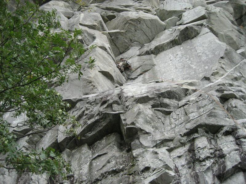 Rock Climbing Photo: SS half way up the 1st pitch. Oct.09