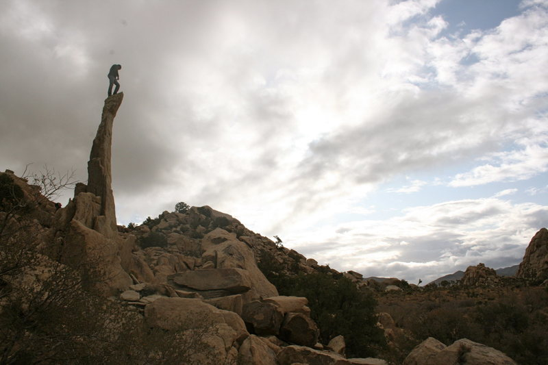 Rock Climbing Photo: Nathan Aiguille de Joshua Tree. 11-28-09
