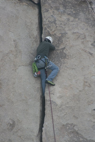 Rock Climbing Photo: Nate leading Granny Goose. 11-28-09