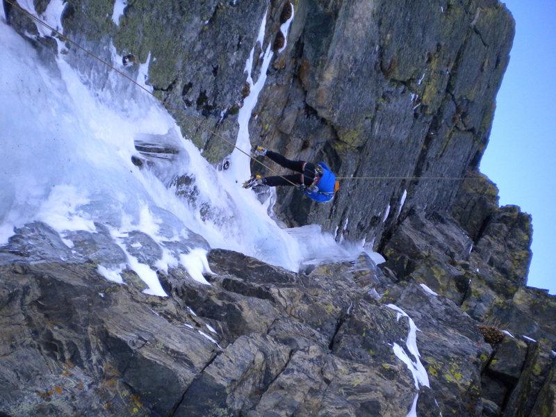 Rock Climbing Photo: Doug Shepherd rapping the route