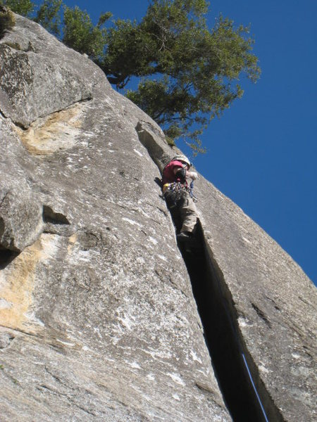 Rock Climbing Photo: Turning the roof on Pitch 2  Photo by Gary Carpent...