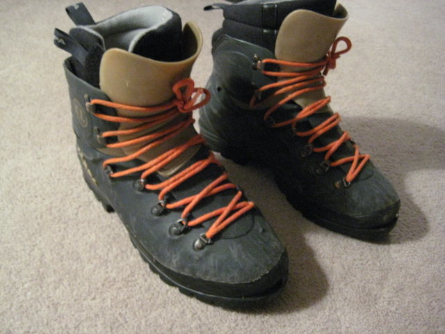 Rock Climbing Photo: Scarpa Alphas 10.5 US