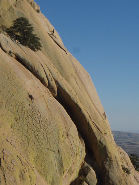 Rock Climbing Photo: Climbers on Sheepshead, Cochise Stronghold