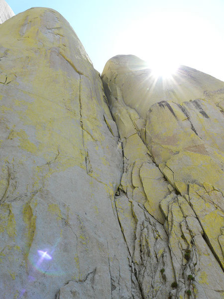 Rock Climbing Photo: Looking up at The Sarcophagus.  The blocky, loose ...