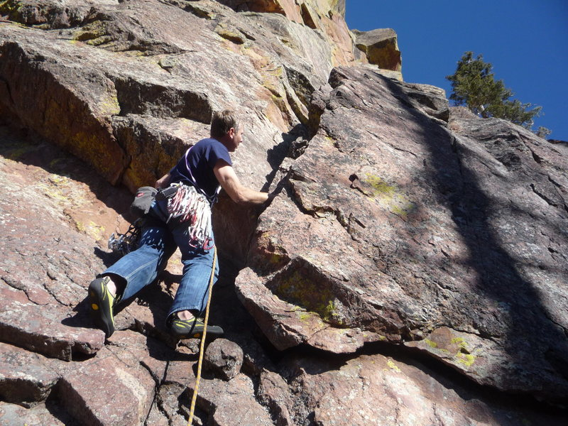 Rock Climbing Photo: Entering the Ghetto.