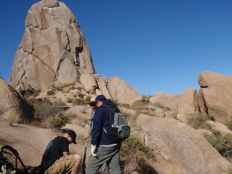 Rock Climbing Photo: New trail signage near Tom Thumb directions to Mor...