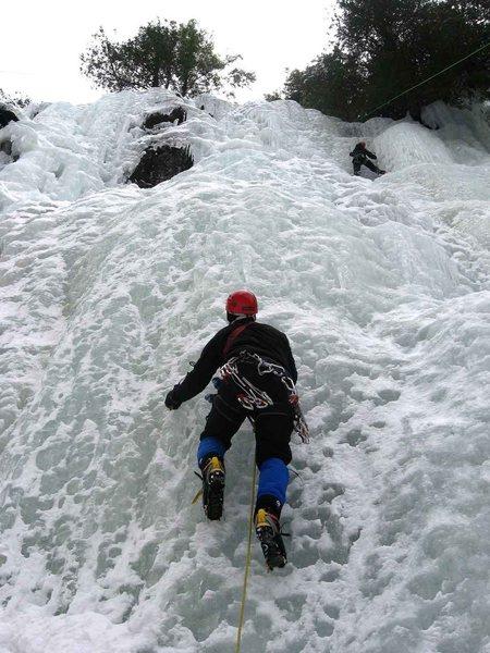 Rock Climbing Photo: Deke Pederson sets out on the sharp end of Positiv...