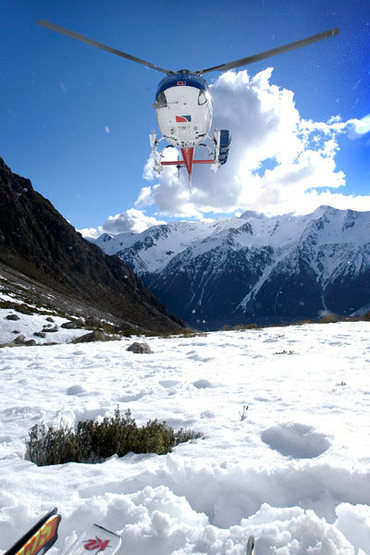 Rock Climbing Photo: Heli-skiing in the Mt. Cook region (South Island, ...