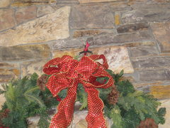 Rock Climbing Photo: Talon for a big wreath