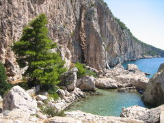Rock Climbing Photo: Cliffbase on the island of Hvar.