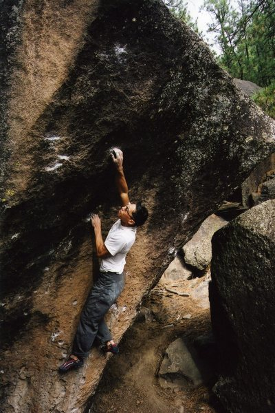 Rock Climbing Photo: Moving from the arete onto the scooped face.