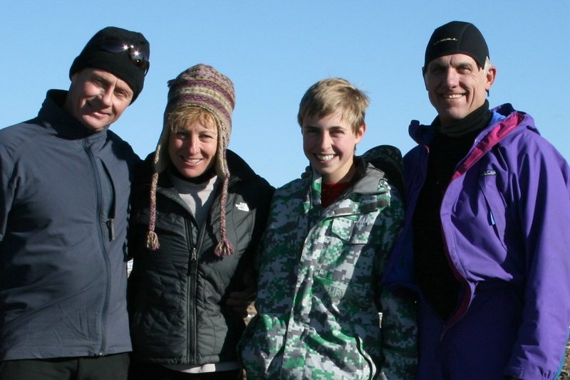 The Crew for 11/29/09. What an AWSOME day!! Jim Whalen, Betty Thorson, Dillon, Douglas Lossner.