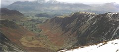 Rock Climbing Photo: Looking down Scope Beck towards the Newlands Valle...