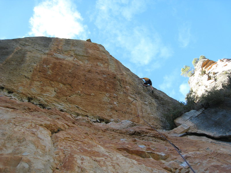 Nearing the thin crux of L'Escamarla.