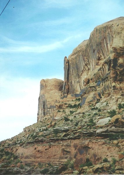 Rock Climbing Photo: Moab Rim Tower from the road