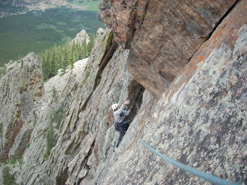 Bill Alexander beginning the choreography of crux stem moves, P2.<br> Photo and lead by Howard Burkhart.