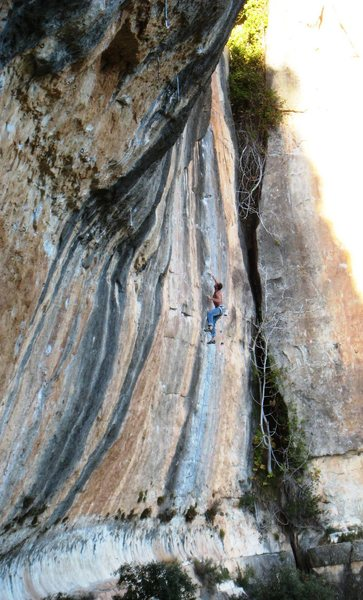 Rock Climbing Photo: An unknown climber on the classic (though chipped)...