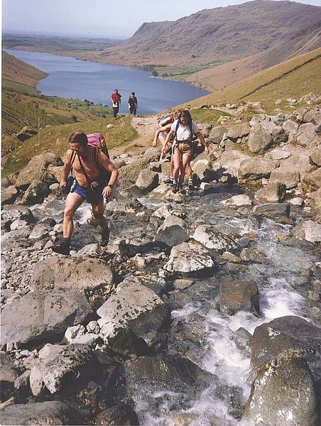 Rock Climbing Photo: Hiking up from Wasdale to the Scawfell climbs. Was...