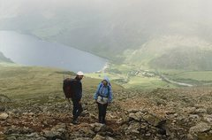 Rock Climbing Photo: Heading back down to Wasdale.. The famous pub at W...
