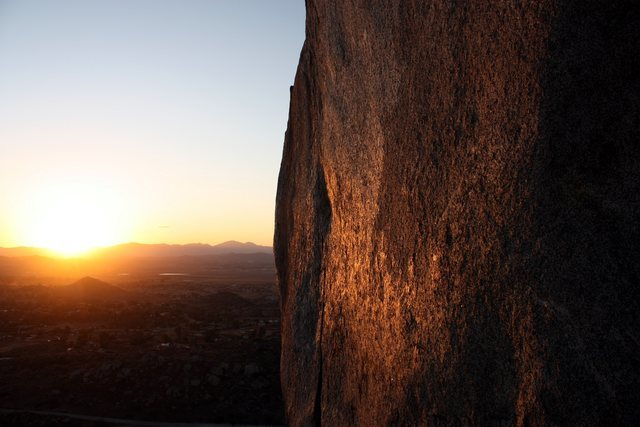 Rock Climbing Photo: Last of the sun, Nuevo