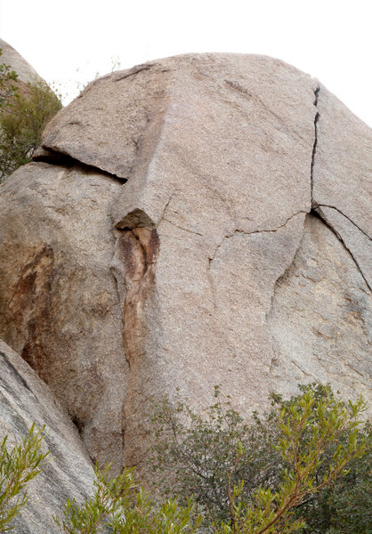 Rock Climbing Photo: Epacondilitis goes up the arete left of center. P1...