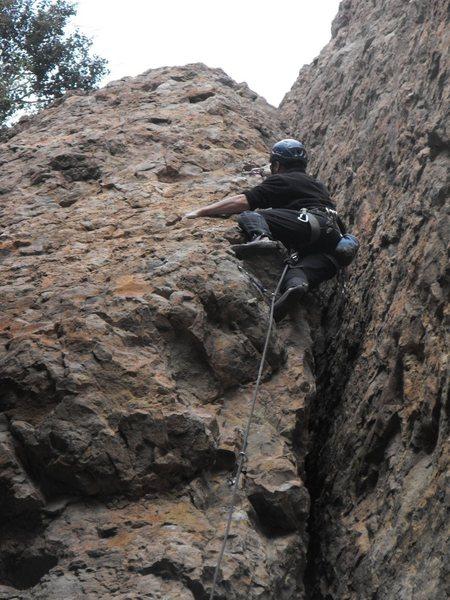 Rock Climbing Photo: Riding the fin of Fen Gliddich in the Tea Room, Ec...
