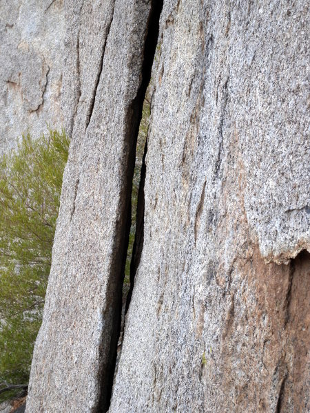 Rock Climbing Photo: Lieback flake on P1 of Mutt. You can see through t...