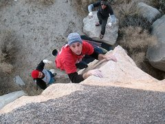Rock Climbing Photo: Strength of Steel (V2), Joshua Tree NP