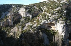 Rock Climbing Photo: Criminal Tango is the cave just right of center.  ...