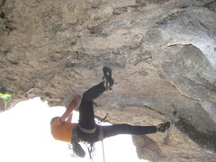 Rock Climbing Photo: The taxing roof start of Comando Cono.