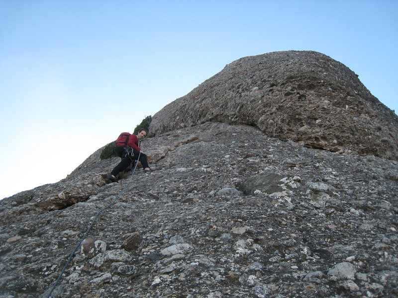 Rock Climbing Photo: Beginning up the easy final pitch of Badalona.