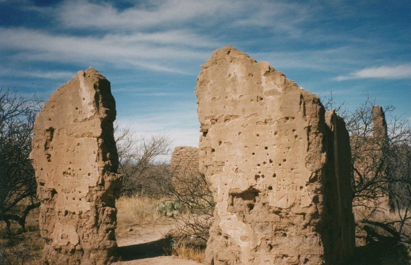 Ruins on the west side of Cochise Stronghold, AZ