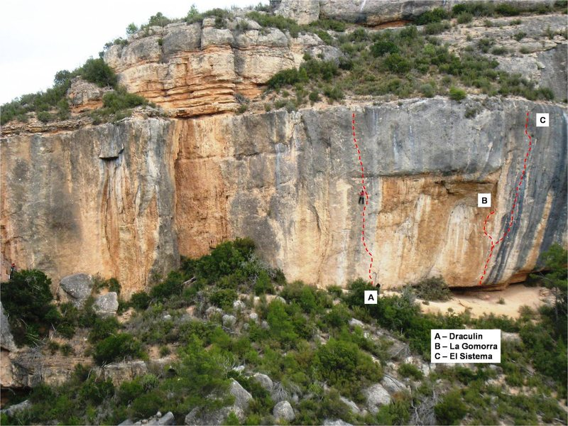 Rock Climbing Photo: El Sistema is on the left end of Espadelles & shar...