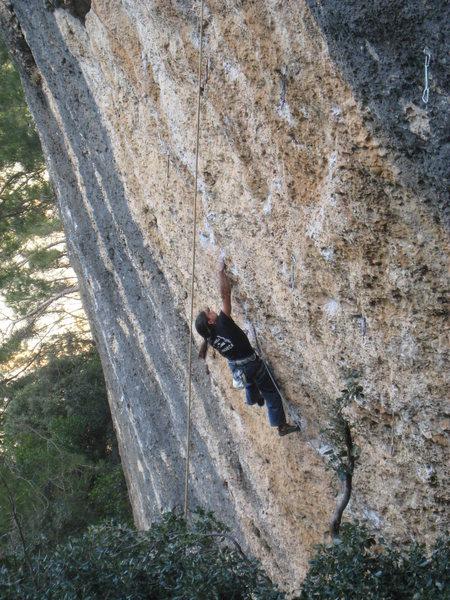 Rock Climbing Photo: Antonio Banderas makes long moves, low on Aeroplas...