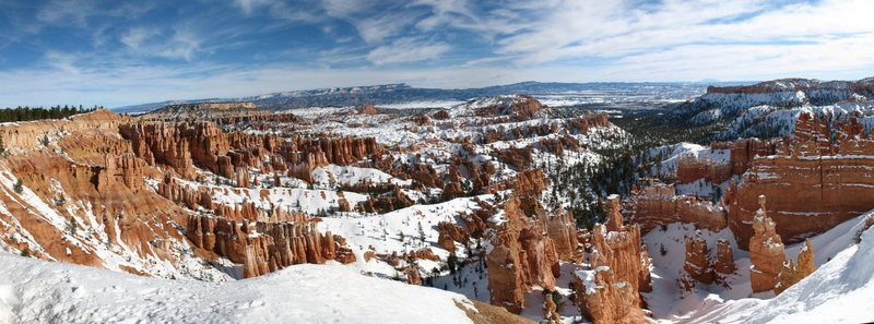 Winter at Sunset Point in Bryce Canyon