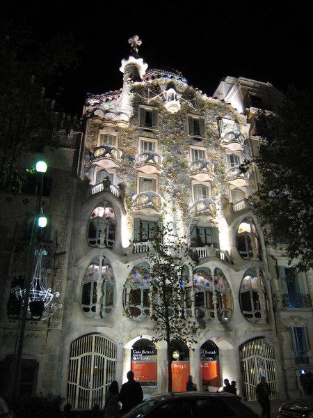 "Rock Climbing Photo: Gaudi's marvelous ""Casa Batllo""."